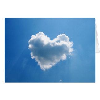 Cartes Nuage en forme de coeur dans le ciel