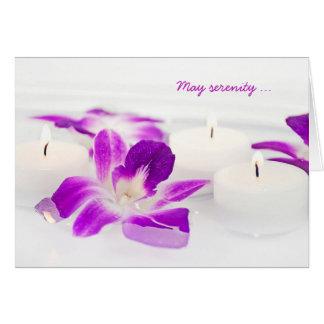 Cartes orchidée et bougies dans l'eau