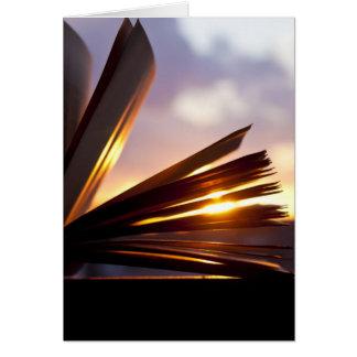 Cartes Ouvrez la photographie de livre et de coucher du