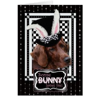 Cartes Pâques - un certain lapin vous aime - poseur