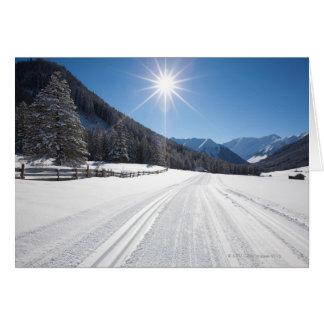 Cartes paysages idylliques d'hiver dans le berwanger tal,
