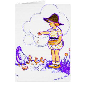 Cartes Petite fille lui alimentant des poussins de bébé