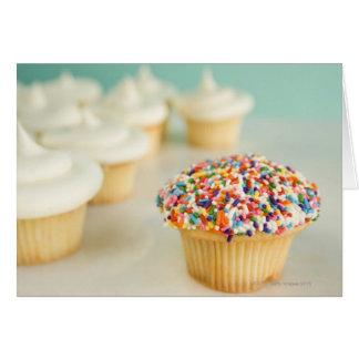 Cartes Petits gâteaux, foyer sur un dans l'avant avec