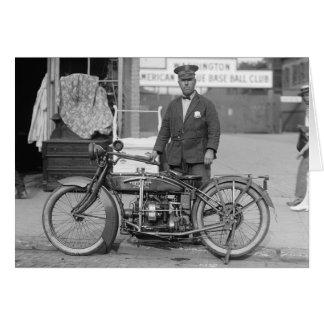 Cartes Policier de moto, 1924