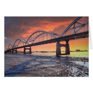 Cartes Pont centennal au coucher du soleil