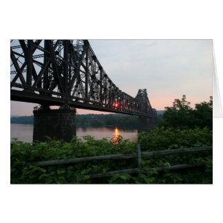 Cartes Pont en chemin de fer au coucher du soleil
