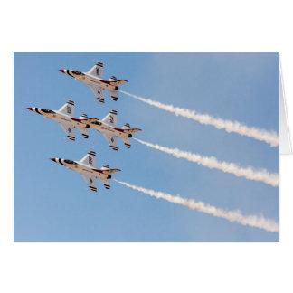 Cartes Quatre Thunderbirds F-16 volent dans la formation