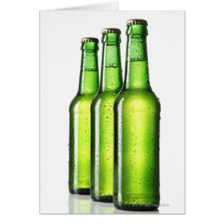 Cartes Trois bouteilles vertes de bière sur l'arrière -