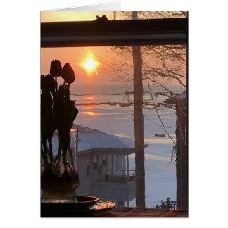 Cartes Tulipes et lever de soleil au-dessus de lac