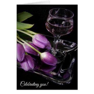 Cartes tulipes et vin pourpres d'anniversaire