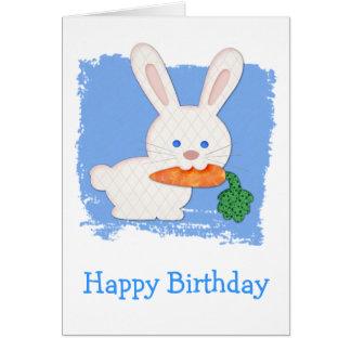 Cartes Un anniversaire blanc de lapin piqué par carotte