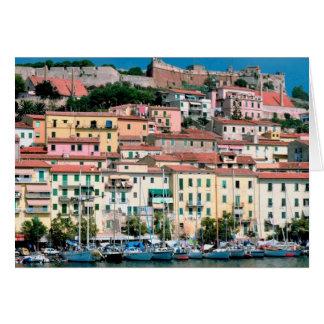 Cartes Village et port de l'Italie de côte de la mer