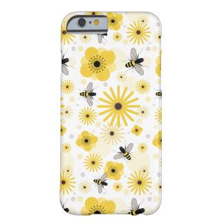 Cas de l'iPhone 6 d'abeilles et de fleurs Coque iPhone 6 Barely There