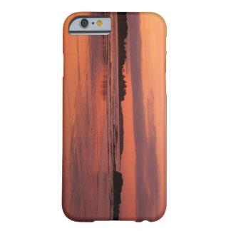 Cas de téléphone de lever de soleil de plage de coque barely there iPhone 6
