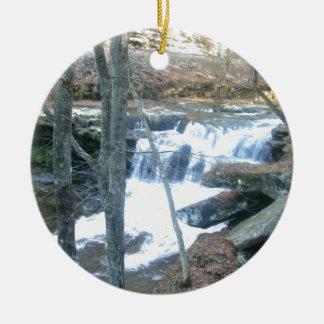Cascade aléatoire ornement rond en céramique