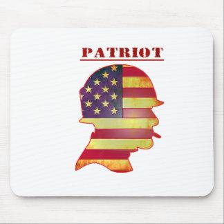 Casque patriotique de militaires de drapeau tapis de souris
