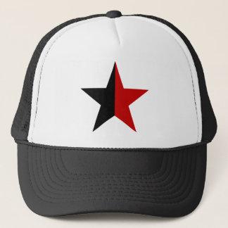 Casquette Anarchy STAR de façon classique (noir/rouge)