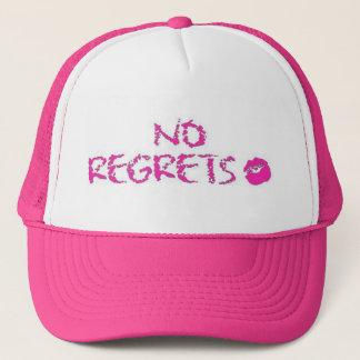 Casquette Aucuns regrets dans le rouge à lèvres