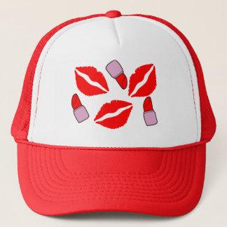 Casquette baisers et rouges à lèvres