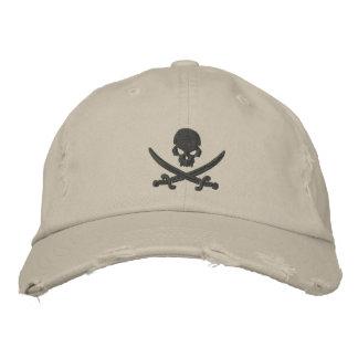 Casquette Brodée Épées de crâne de pirate