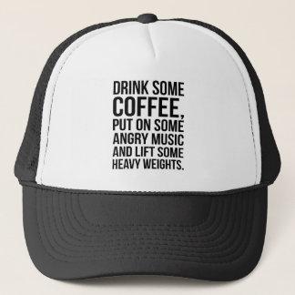Casquette Café, musique fâchée, poids lourds - séance