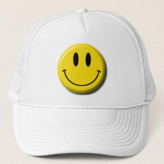 Casquette de baseball souriante de visage