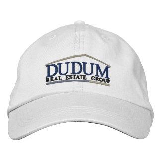Casquette de boule marqué par norme dans le blanc casquette brodée
