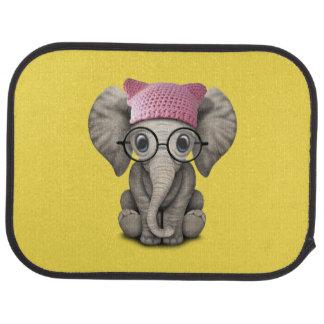 Casquette de port de chat d'éléphant mignon de tapis de sol