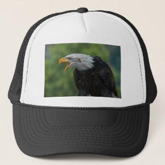 Casquette Eagle noir blanc pendant la journée