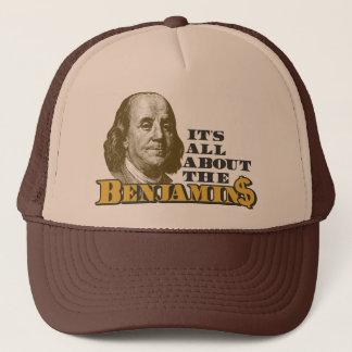 Casquette Il est tout au sujet du Benjamins