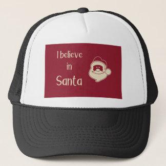 Casquette Je crois aux mots de Père Noël. Fond rouge