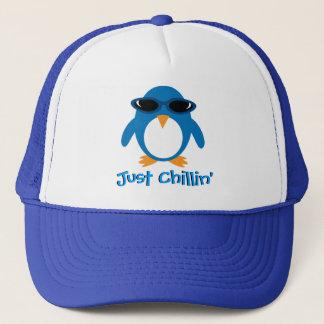 Casquette Juste pingouin de Chillin avec des lunettes de