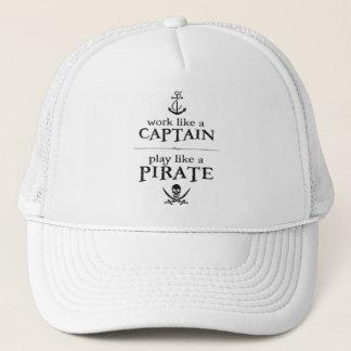 Casquette Le travail comme un capitaine, jeu aiment un