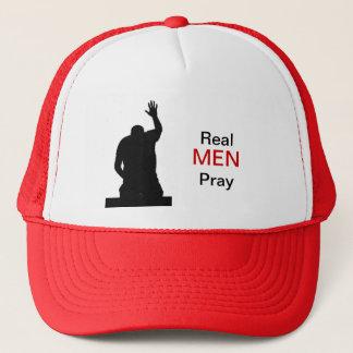 Casquette Les vrais hommes prient
