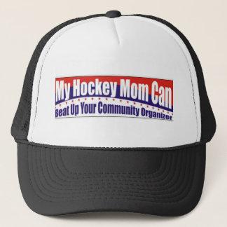 Casquette Maman d'hockey contre l'organisateur de la