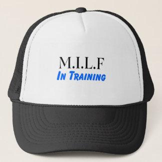 Casquette MILF dans la formation