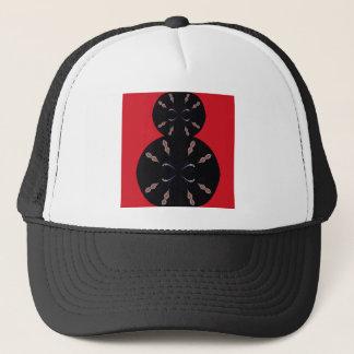Casquette Noir arabe d'éléments sur le rouge