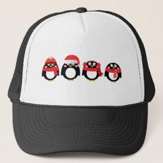 Casquette Petit rouge peint à la main de noir de pingouins