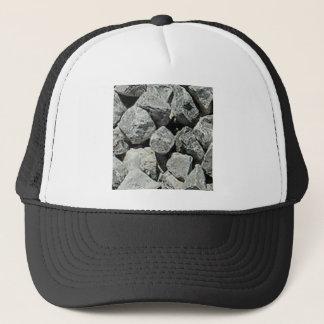 Casquette pierres rectifiées par roches