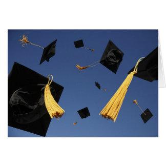Casquettes de carte d'obtention du diplôme en air