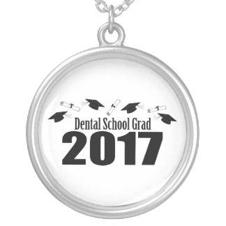 Casquettes du diplômé 2017 d'école dentaire et pendentif rond
