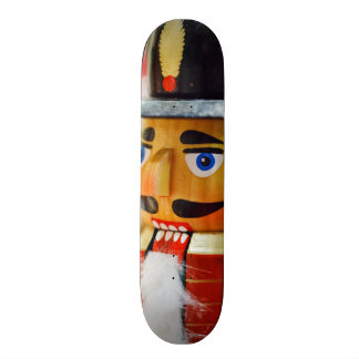 Casse-noix traditionnel planche à roulette