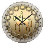 Cavalier et fers à cheval de cheval de dressage horloge murale