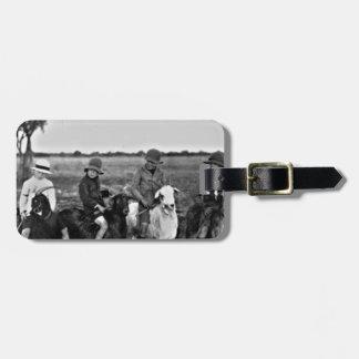 Cavaliers de chèvre du passé étiquette à bagage