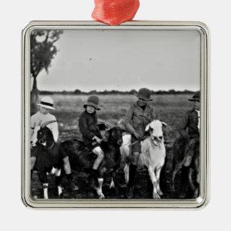 Cavaliers de chèvre du passé ornement carré argenté