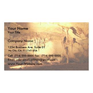 Caverne extraordinaire avec des aiguilles cartes de visite professionnelles