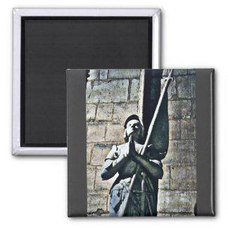 CB de statue de Notre Dame Aimant