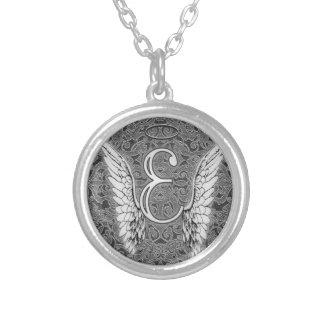 Ce dernier initial de l'alphabet E d'ange s'envole Pendentif Rond