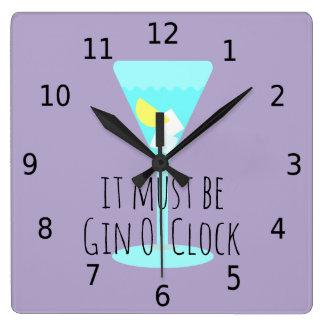 Ce doit être heure de genièvre, avec des nombres horloge carrée