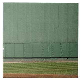 Ce mur est connu en tant que 'monstre vert. grand carreau carré